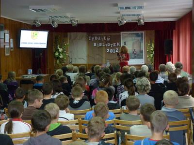 Publiczność przybyła na spotkanie.