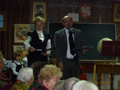 Powitanie uczestników obchodów EDD przez dyrektorów instytucji kultury: Dorotę Karkusiewicz i Romana Bissa
